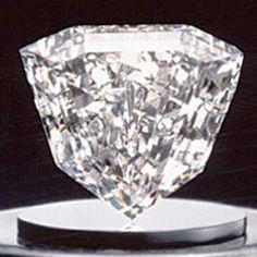 Flattened shield-shaped Guinea Star diamond