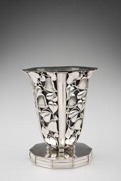Vase |Wiener Werkstätte
