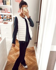 High School Outfits, My Outfit, Vest, Ootd, Women's Fashion, Mirror, My Style, Spring, Fitness