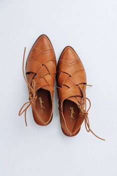 Details: Our latest wear-everywhere shoe, this leather flat features a braided design finished in a tie detail. Leather flat with... Flat Shoes, Sock Shoes, Cute Shoes, Oxford Shoes, Me Too Shoes, Shoe Boots, My Style, Anklets, Fashion Magazin