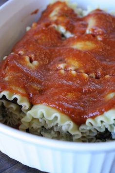 Pink to Green: Meatless Monday: Veggie Lasagna Roll-ups