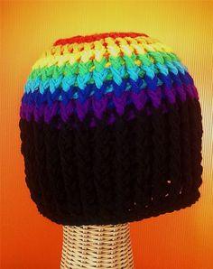 Beanie Rainbow Hat https://www.facebook.com/Shanny.Cafe.Crochet