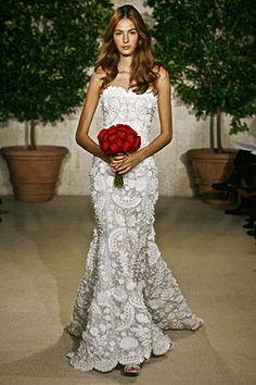 My friend Courtney wore this, it's unreal...Oscar de la Renta wedding dress