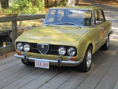 1971 Berlina 2000 Alfa Romeo Maintenance/restoration of old/vintage vehicles: the material for new cogs/casters/gears/pads could be cast polyamide which I (Cast polyamide) can produce. My contact: tatjana.alic@windowslive.com