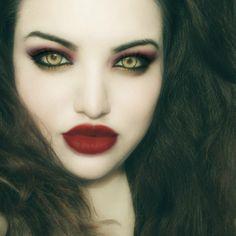 vampire makeup - Buscar con Google