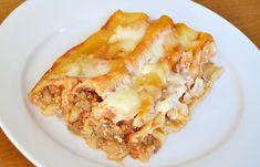 Κανελόνια με κιμά και σάλτσα ντομάτας (VIDEO) Lasagna, Pasta, Stuffed Peppers, Cooking, Ethnic Recipes, Kitchen Stuff, Food, Kitchen, Essen