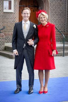 koningspaar:  Religous wedding of Prince Jaime of Bourbon-Parma and Viktória Cservenyák, Apeldoorn-the groom Prince Jaime arrives with his mother Princess Irene of the Netherlands, October 5, 2013.