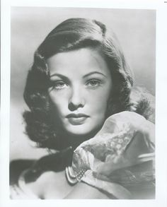 Gene Tierney of all the classic beauties she was by far the best Hollywood Divas, Golden Age Of Hollywood, Vintage Hollywood, Hollywood Glamour, Classic Hollywood, Gene Tierney, Haunted Images, Jean Simmons, Fritz Lang