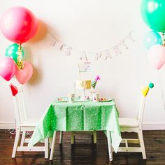 'It's a Party' Garland—Great Party Stuff @Sweet Lulu.