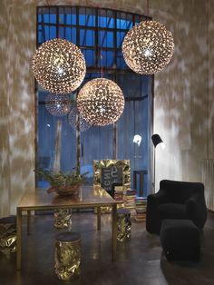 #Ortenzia lamps, petals of light to plant a garden within the room. Design #BrunoRainaldi by #Terzani