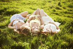 Friends lying in grass / summer days