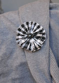 Black and White Herringbone Fabric Clip by mcclellansn on Etsy, $4.50