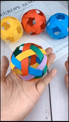 Diy Crafts Hacks, Diy Crafts For Gifts, Diy Home Crafts, Creative Crafts, Fun Crafts, Craft Tutorials, Handmade Crafts, Paper Crafts Origami, Paper Crafts For Kids