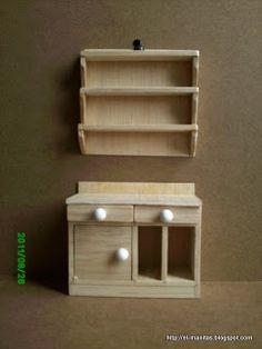 Lo prometido es deuda y aquí teneis el tutorial de la mesa de trabajo para la casa de muñecas de nuestra compañera de foro en Tus Miniaturas...