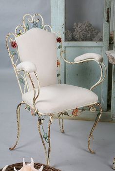 Antique French floral iron chair - so want this! Vintage Patio, Vintage Chairs, Wrought Iron Chairs, Iron Furniture, French Chairs, Iron Decor, Garden Chairs, Chairs For Sale, Cafe Chairs