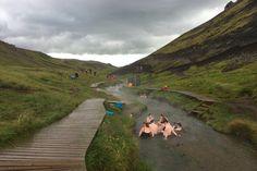 La rivière chaude de Reykjadalur à Hveragerði