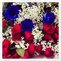 37 rose rosse e blu