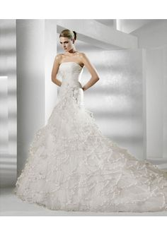 Cheap Latest A-line Strapless Chapel Side Draped Wedding Dress Under Price 210 At Gifilight.com.