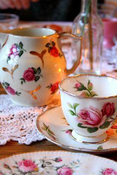 Madelief: Vintage kahvaltı masasına