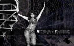 WALLPAPER WEEK... don't get caught in my web!!!