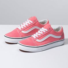 Vans old skool pink suede canvas sneakers 8 Top Shoes, Me Too Shoes, Shoes Sandals, Pink Vans Shoes, Tenis Vans Old School, Vans Vintage, Cute Vans, Vans Store, Baskets