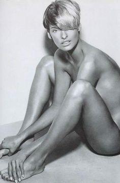 Linda Evangelista , beautiful!