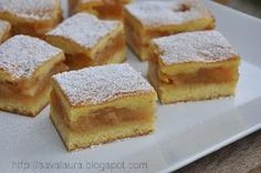 Prajitura turnata cu mere   Retete culinare cu Laura Sava No Cook Desserts, Sweets Recipes, Cake Recipes, Cooking Recipes, Romanian Desserts, Romanian Food, Good Food, Yummy Food, Pastry Cake