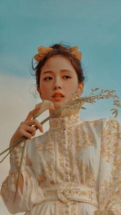 Kpop Girl Groups, Korean Girl Groups, Kpop Girls, Lisa Park, Blackpink Poster, Blackpink Members, Lisa Blackpink Wallpaper, Black Pink Kpop, Blackpink Photos