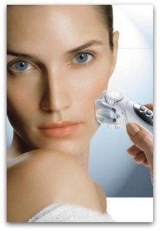 Endermolift facial treatments by LPG. Firm and tone the skin, reduce fine lines and wrinkles, lift the skin, resulpt the face, and reduce black circles and undereye bags. All natural treatments.