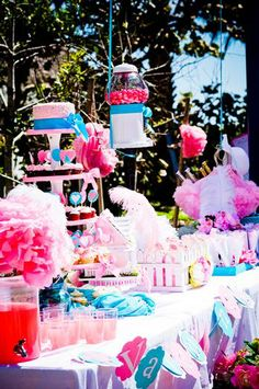 A Pretty Little Party..... pink girls birthday party theme