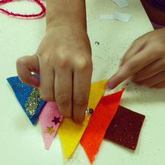 [maud barrett- DIY felt Xmas trees- use double sided tape to stick the felt together]