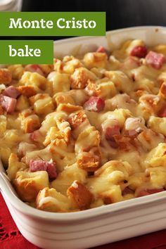 Monte Cristo Bake – This awesome savory bread pudding recipe tastes like a mash-up between a Monte Cristo sandwich and a grilled cheese casserole—how delicious! With only 5 ingredients, featuring OSCAR MAYER ham and KRAFT cheese, this dish can be prepared Pudding Recipes, Pork Recipes, Casserole Recipes, Cooking Recipes, Egg Casserole, Breakfast And Brunch, Breakfast Dishes, Breakfast Recipes, Puddings