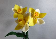 These flowers are made-to-order. This means they will look similar, but not exact to the picture. As the items are handmade, small variations occur. Standard shipping time for Made-To-Order items is 10 days, if you need it sooner, please contact me. This bouquet is a trio of yellow