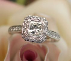 GORGEOUS Elegant 1.23ct Radiant Cut Diamond Engagement Ring