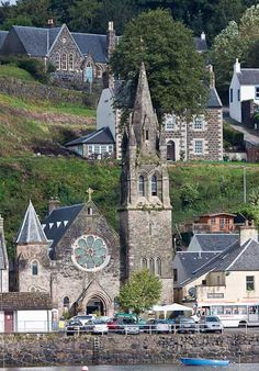 Church in Tobermory, Scotland -- at the far end of the Isle of Mull by a one-track road.  It's a popular haul-in spot for sailboats from around the world... and a quick visit before returning to Fionphort at the west end of the island, to wait for the tiny ferry to Iona