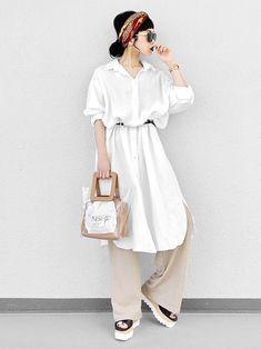 Japanese Fashion, European Fashion, Asian Fashion, Office Outfits Women, Summer Outfits Women, Summer Fashions, Modern Outfits, Classy Outfits, Skirt Fashion