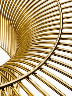 The Warren Platner Collection in 18k gold-plated steel | PC: Knoll | Knoll Inspiration