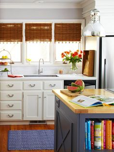 Put these 10 steps into play to ensure that your DIY kitchen remodel runs smoothly, stays on budget, and ends successfully.