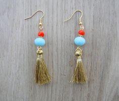 Coucou Suzette // Tassel earrings / Indian Pendant Earrings / Gypsy elegant bib earrings  Boho earrings / boucles d oreilles ethniques elegantes pompoms dorés...