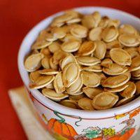 How to cook pumpkin seeds // pumpkin seed baking variation ideas