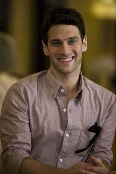 Justin Bartha is such a good lookin man!    He is my favorite character in National Treasure :D Riley!