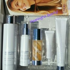 NIB Meaningful Beauty Skin Care set New in Box & each is sealed, Meaningful Beauty starter set by Supermodel Cindy Crawford! 90-day supply of an exceptional skin care regimen. Includes 5 products Meaningful Beauty Makeup Face Primer