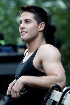 Dean Geyer (aka Brody on Glee).  Absolutely gorgeous---so sexy!!!!!!!