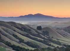 Early risers who go on the East Bay Regional Park District's Meet the Solstice Sun hike could see dawn spreading from Mt. Diablo. Photo: Dan...