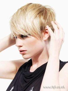 New Short Blonde Hairstyles 2013 – 2014 | http://www.short-haircut.com/new-short-blonde-hairstyles-2013-2014.html