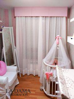 Cortinas para Dormitorio de Bebé en blanco y rosa