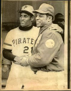 Roberto Clemente and Willie Mays, 1972 Sporting News photo via Mears