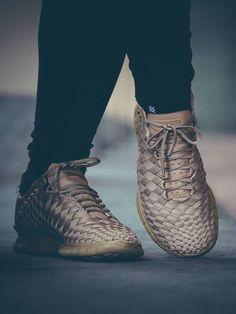 the latest 2ddd4 0c8ea Nike Free Inneva Woven Nike Running Shoes Women, Women Nike, Nike Free Shoes ,