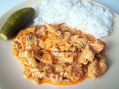 Kuracie na spôsob stroganov - rýchly a chutný obed Family Meals, Macaroni And Cheese, Recipies, Food And Drink, Rice, Cooking Recipes, Meat, Chicken, Ethnic Recipes