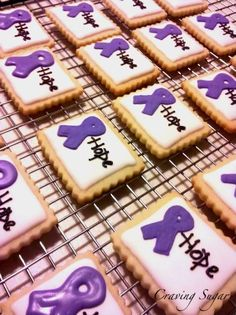 Cool idea for bake sale! Might have to get my friend @Lynne {Papermash} {Papermash} {Papermash} Cornelius to work on this idea ;)